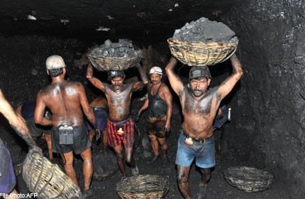 Coal miners India.jpg