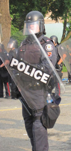 G20 cop by Andrew Wallace.jpg