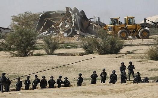Bedouin village bulldozed.jpg